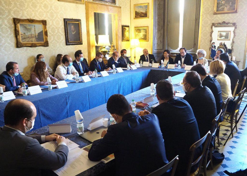 ANGI presenta al Governo e alla Presidenza del Consiglio, Paola Pisano e Filomena Maggino il manifesto per l'energia